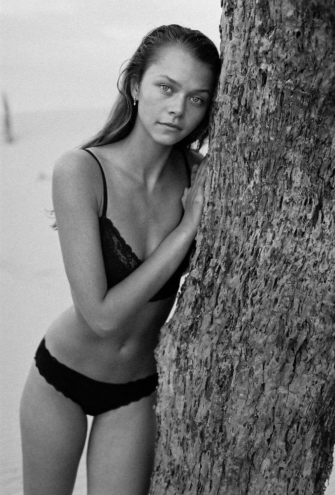 Alannah Walton Nude Photos 88