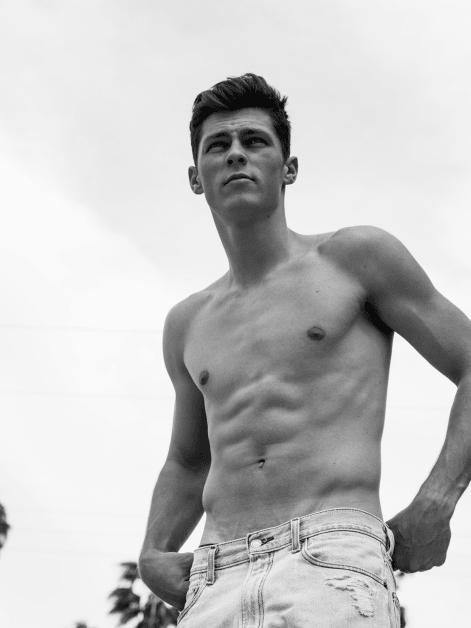 Dallas model Nude Photos 96